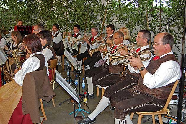 Musikalische Leckerbissen bei den Hetzloser Musikanten