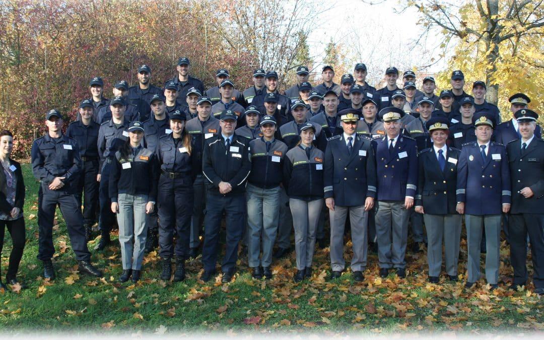 Rumänische Polizeischüler zu Gast bei der Bundespolizei in Oerlenbach