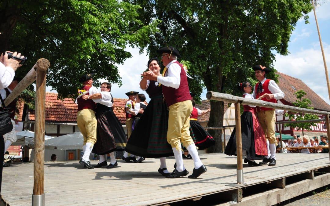 Fränkisches Tanzfest in Kolitzheim am Samstag, 14. November 2015