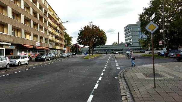 Fahrradschutzstreifen in der Wirsingstraße
