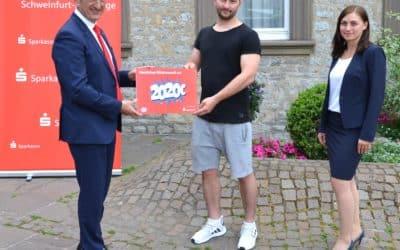 """Losglück für einen Schweinfurter bei der Sparkassen-ESSO Promotion """"Täglich 2020 € gewinnen"""""""