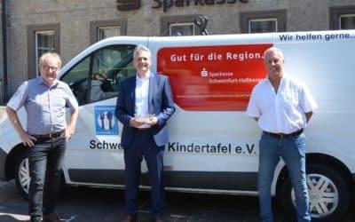 Sparkasse Schweinfurt-Haßberge unterstützt die Schweinfurter Kindertafel